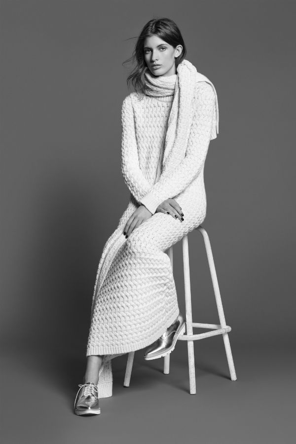 Pas envie de cacher vos jambes hâlées sous un pantalon pour la rentrée ? Ça tombe bien, des robes tendance et adaptées à la mi-saison vous attendent dans notre sélection de 60 pièces pour l'automne-hiver 2015-2016 !