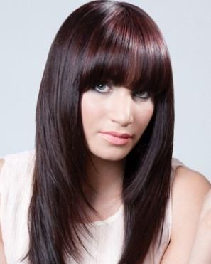 tagli capelli lunghi a strati 2012