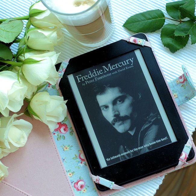 """Bookiecik - blog o książkach, literatura kobiecym okiem.: """"Freddie Mercury""""…"""