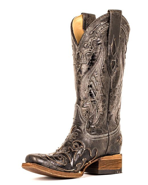 Vintage cowgirl boots from Corral Boot Company! Impressive scroll cutout with exotic inlay.