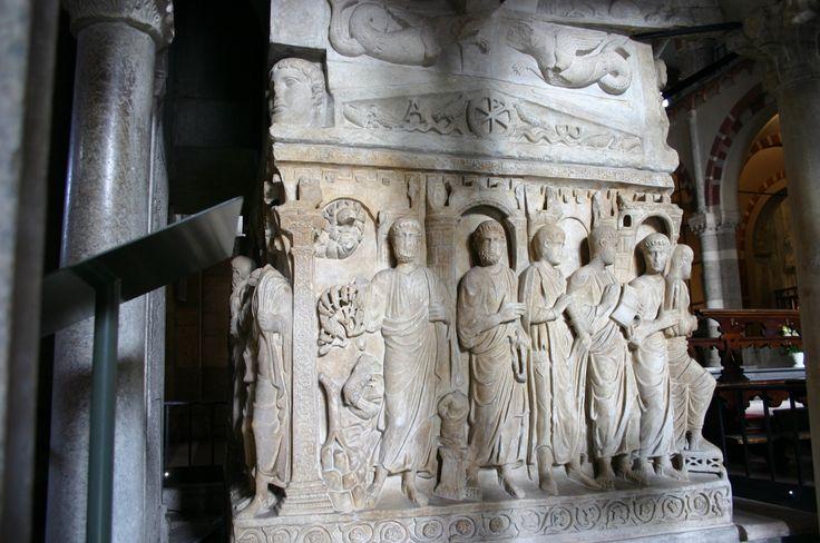 Sarcofago di Stilicone, marmo, la seconda metà del IV secolo, basilica di Sant'Ambrogio a Milano