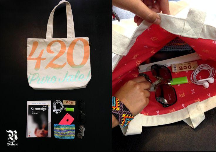 "Bolsa ""420 Puro Jale"" Barbacoa Mx. #streetwear #style #bag #tote #woman #purogallo #purojale #weed #outfit #hechoenmexico #diseñomexicano"