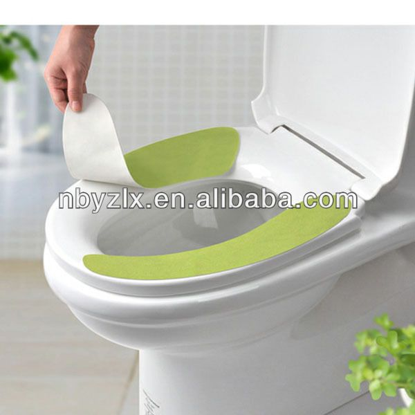 how to put on a toilet seat cover
