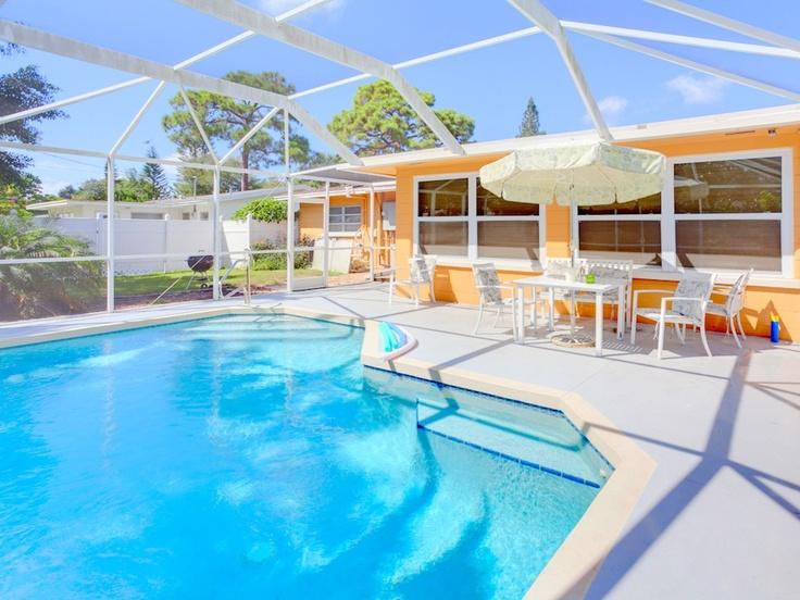 Aurora seabreeze fenced yard 3 bedroom heated pool wi