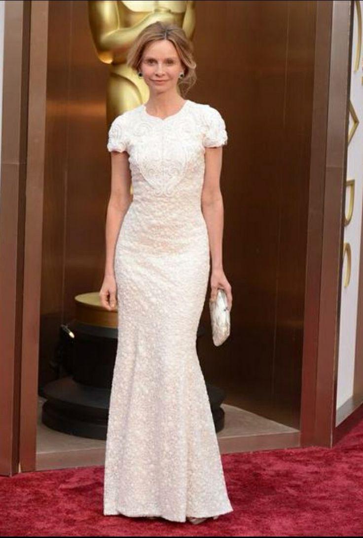 Calista Flockhart rocking this feminine white gown.