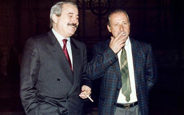 Giovanni Falcone e Paolo Borsellino fotografati a Roma nel 1992