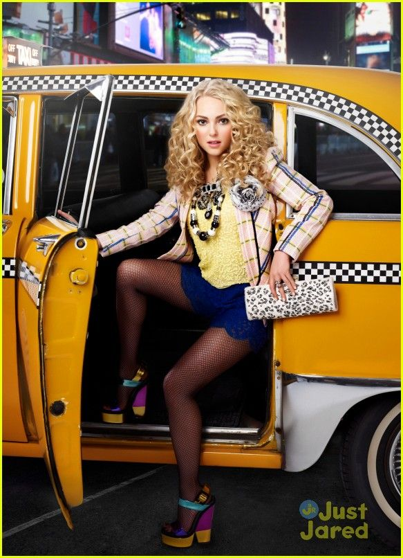 All-New 'Carrie Diaries' Tomorrow - Watch An Exclusive Clip! | carrie diaries hungry wolf clip stills 07 - Photo