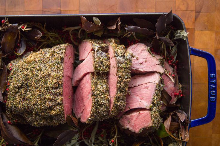 Want to feast well on the cheap? This sous vide beef chuck recipe rivals any pricey prime rib preparation and costs far less.