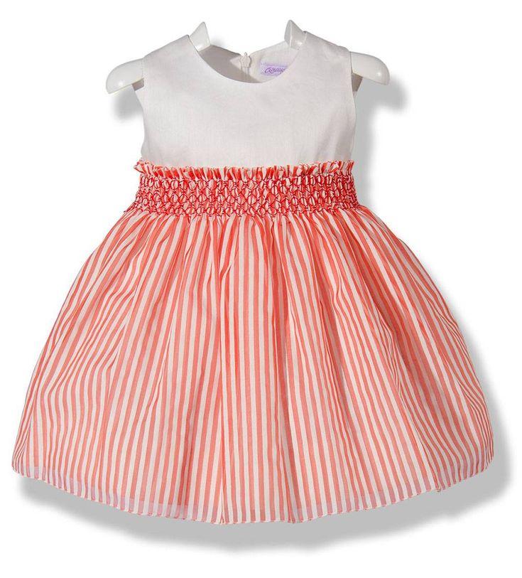 Precioso vestido de verano para niña a rayas rojas y blancas con detalle bordado en punto Smock