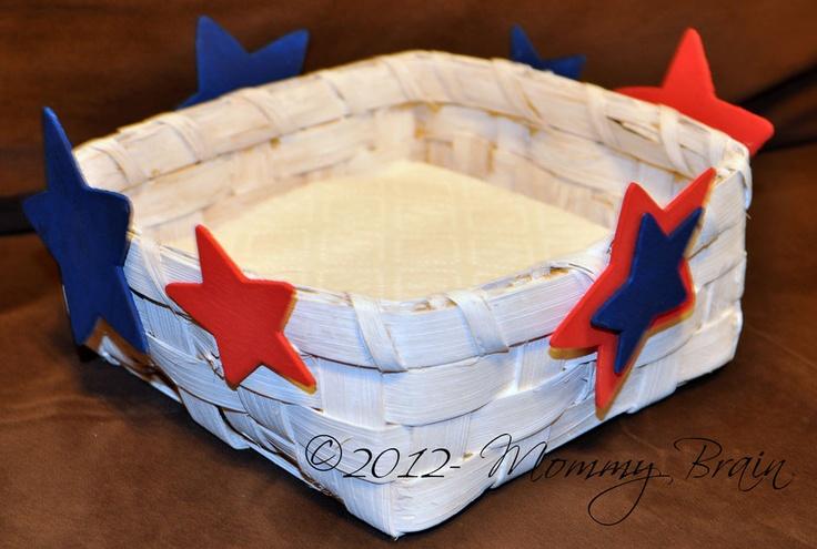 DIY- Star Trimmed BasketSummer Crafts, Crafts Ideas, Stars Trim, Trim Baskets