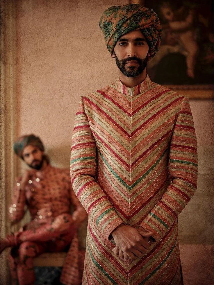 Pop of colours! #shaadi #wedding #colours #summers #spring #pagri #pagdi #indian #groom #groomswear #outfit #designers #sabyasachi #wedzo
