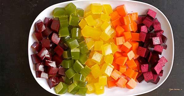 S touto jednoduchou receptúrou si môžete vyrobiť domáce gumové cukríky, ktoré budú nielen chutné, ale aj zdravšie. Recept na zdravé homemade gumové cukríky