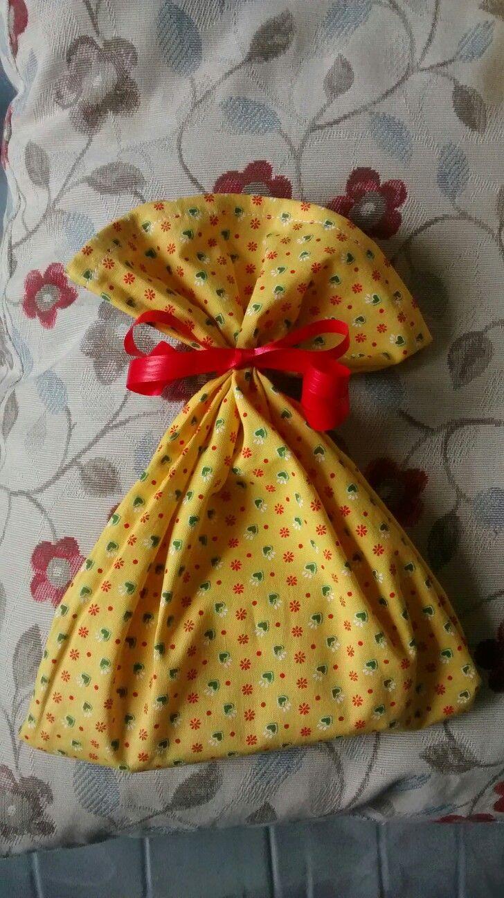 Sacchetto porta regalo in stoffa tirolese