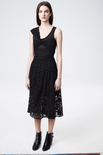 Design by Thakoon, worn by Carly Moore.  I like how the lace has been used with the layers to create shape/pattern.