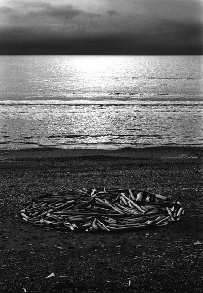 Richard Long. A circle in Alaska. 1977