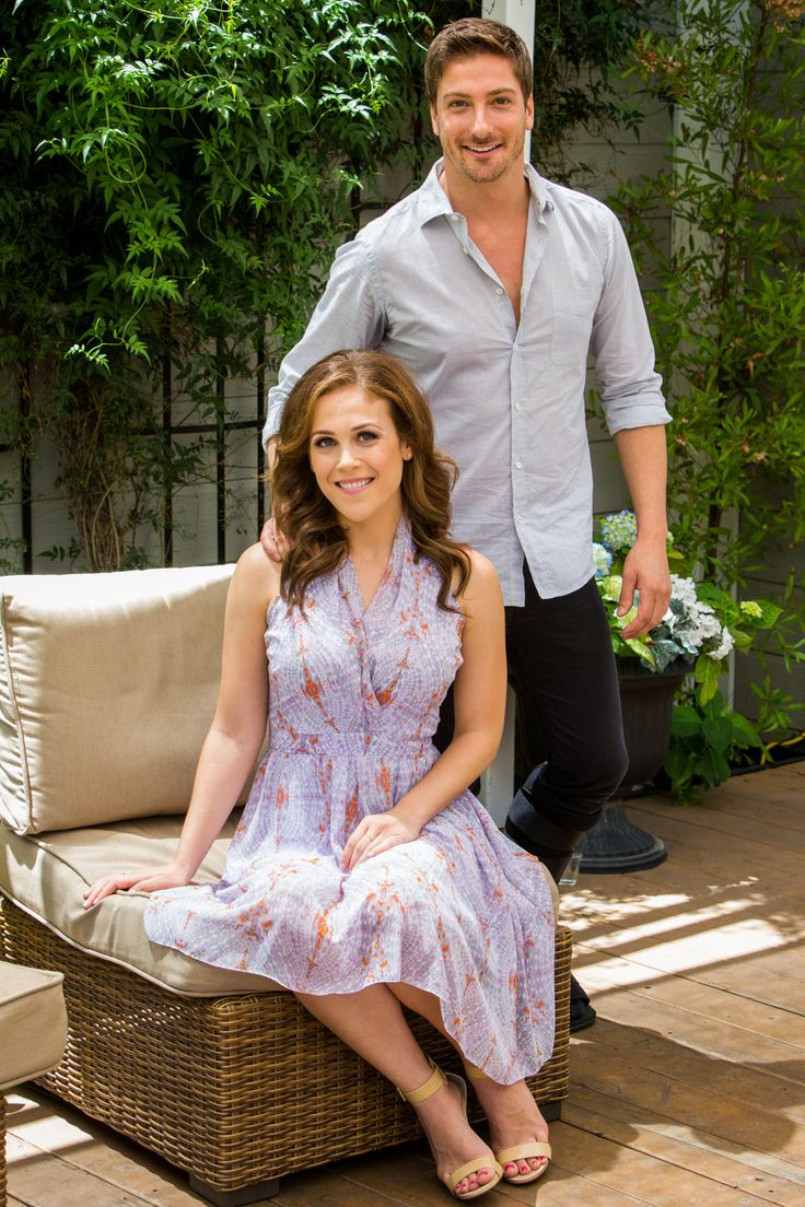 When Calls The Heart - Erin Krakow & Daniel Lissing