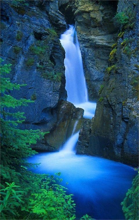 Johnston Canyon Falls in Banff National Park, Canada  #Waterfalls #BeautifulNature #NaturePhotography #Nature #Photography #Travel #Canada