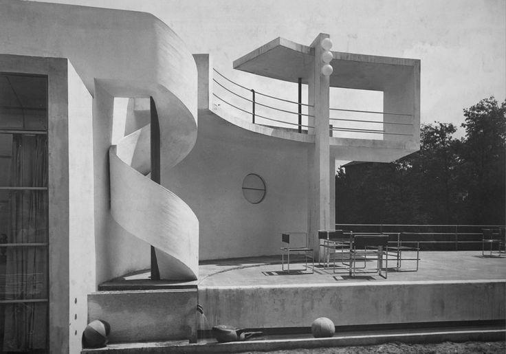 Mostra Nazionale della Moda, Turin (1932) | Architect : Gino Levi Montalcini | Photo : Augusto Pedrini | Framing Modernism Architecture & Photography in Italy 1926-1965 at the Estorick Collection