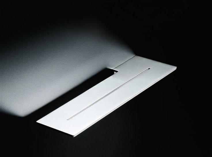 Mensola blade di boffi bathrooms viene realizzata in - Mensola acciaio bagno ...