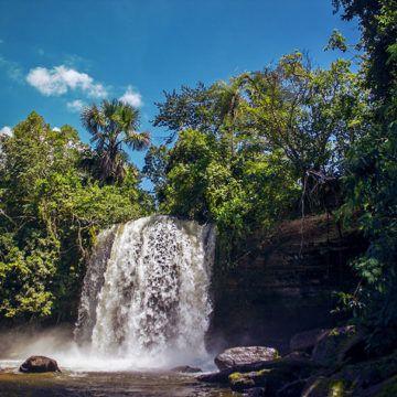 Áreas de preservação ambiental com a intenção de evitar uma degradação dos ecossistemas, os parques nacionais estão sempre recheados de atrações para os turistas e amantes do ecoturismo e de aventura.
