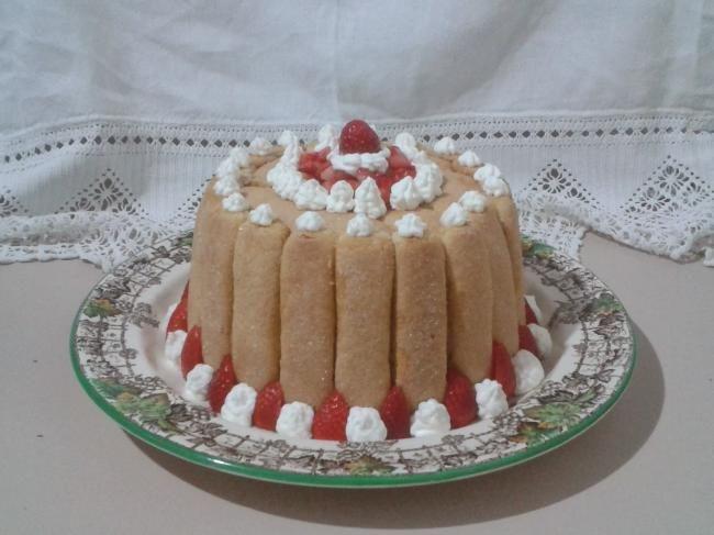 Strawberries Charlotte recipe here:    http://sweetsrecipesfromtheworld.blogspot.it/2013/12/strawberries-charlotte.html