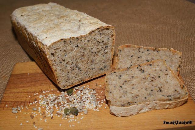 Domowy wyrób.Coś do chleba i talerza.: Chleb na zakwasie żytnim z mąki pszennej i żytniej