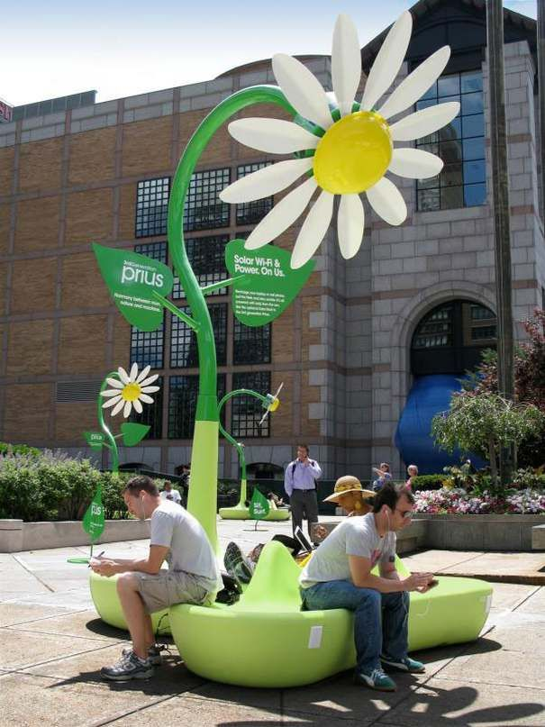 advertising, bench, creative, Examples, guerilla, inspiration, rest, Toyota free charge the phone and WiFi service