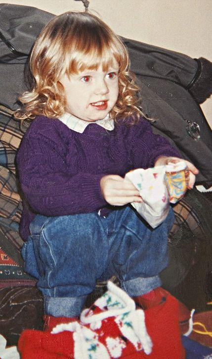 Adele: Age 4. Sooo cute!! :)