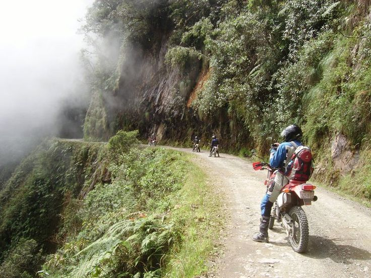death-road-bolivia-motorcycle