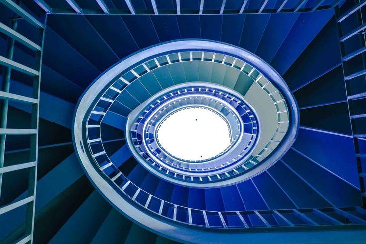 Geometria dei condomini: la scala è psichedelica