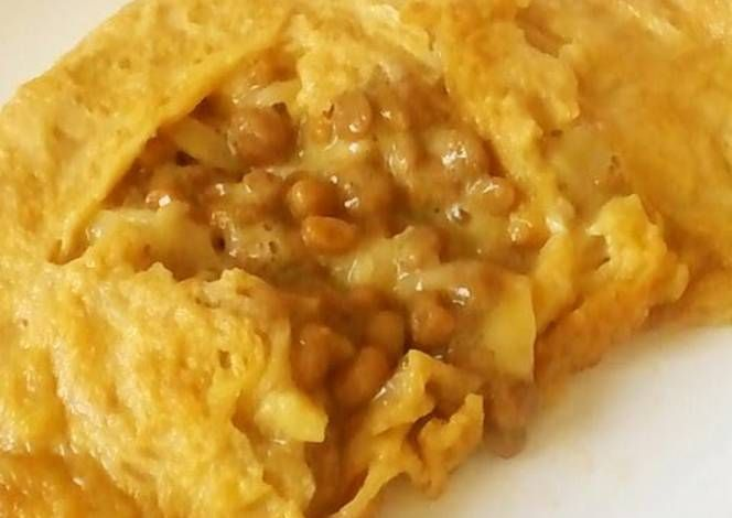 Gooey Cheesy Natto Omelet Recipe -  Are you ready to cook? Let's try to make Gooey Cheesy Natto Omelet in your home!