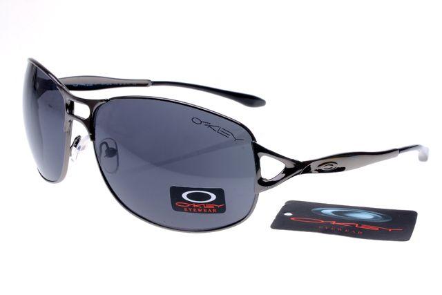 Oakley Plaintiff Sunglasses Black Frame Gray Lens 0841