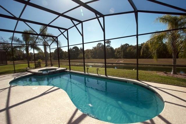 Emerald Isle 7 bed Villa Pool and Spa - near Disney