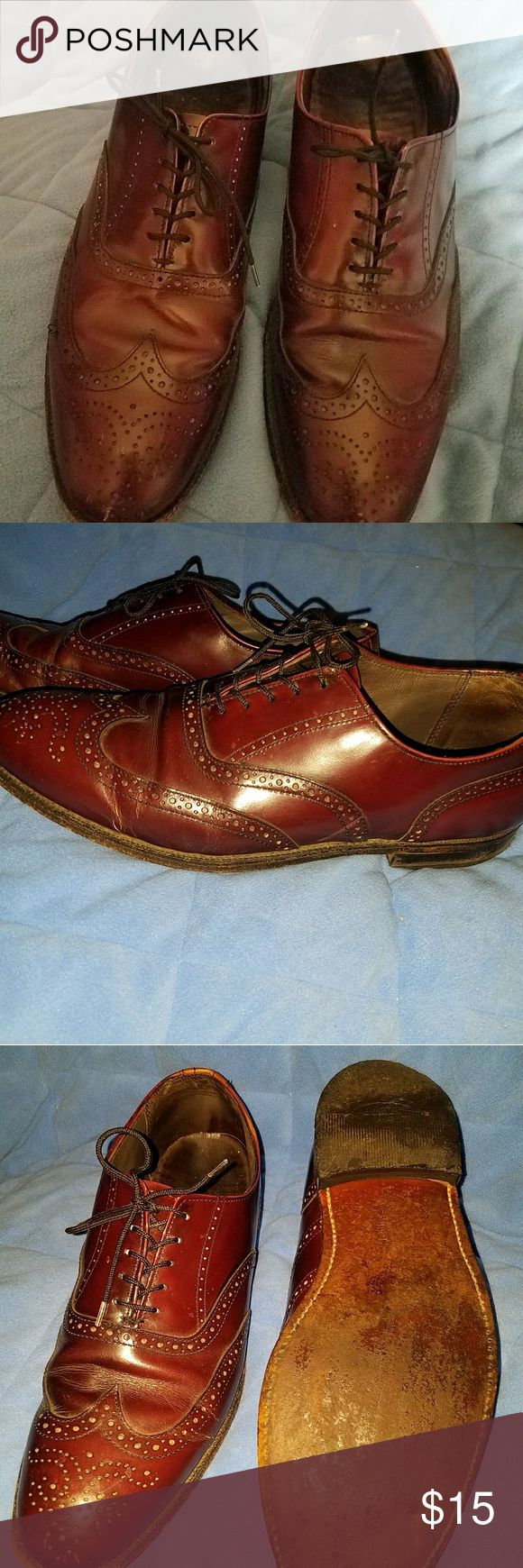 Vintage Men's shoes Dexter's Dexter vintage shoes for men size 11 medium. Reddish brown wingtip shoes in excellent condition have been Gently Loved in used but they have a lot more miles of walking to be done in them. Dexter Shoes Oxfords & Derbys
