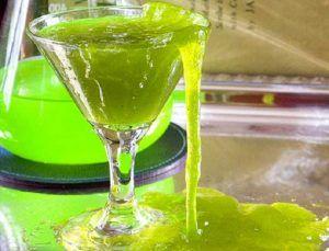 RICETTE+HALLOWEEN+-+Cocktail+verde+mostro+(analcolico)