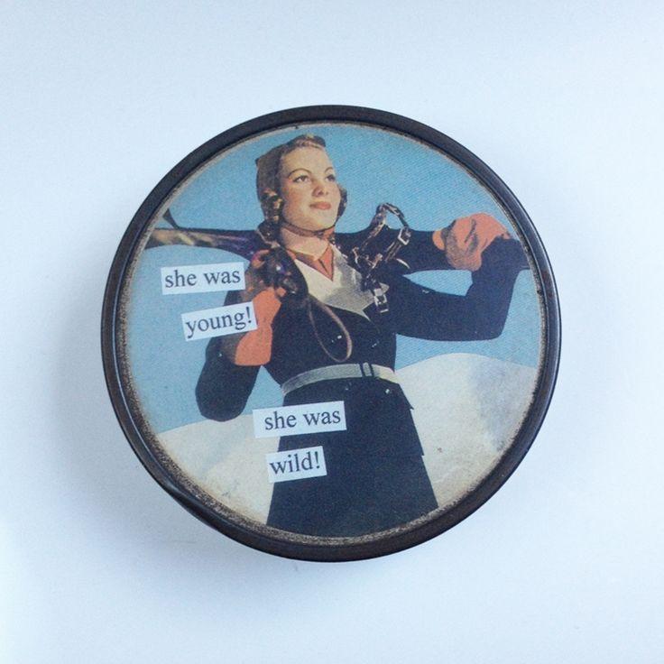 Le produit Sous-bock rétro est vendu par Le Shop du Kitsch dans notre boutique Tictail.  Tictail vous permet de créer gratuitement en ligne un shop de toute beauté sur tictail.com