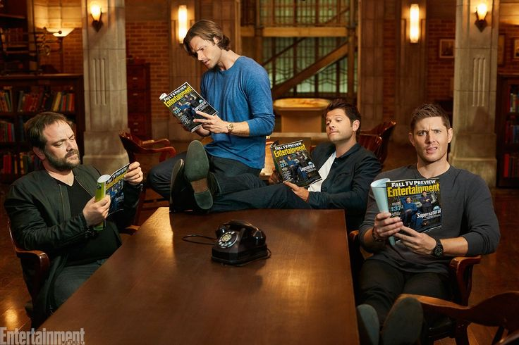 Entertainment Weekly ‏@EW   #Supernatural's most meta episode yet.  #SPNFamily #TheFrenchMistake http://share.ew.com/Hp502Z4