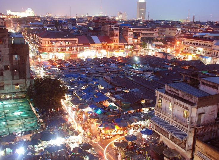 Roof top view in Phnom Penh looking down on Kandal Market