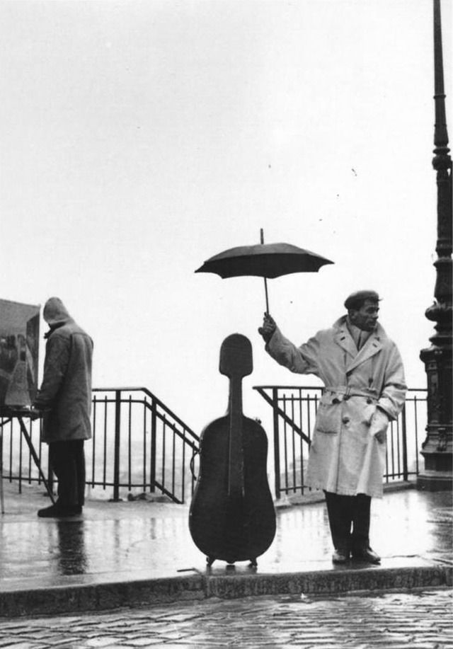 "Robert Doisneau - ""The marvels of daily life are exciting; no movie director can arrange the unexpected that you find in the street"""