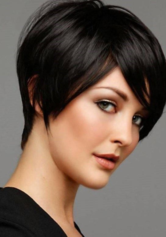 Short Haircuts, Blunt Hairstyles, Short Hairstyles, Bob Hairstyles, Blunt Bang, Hair Style, Hairstyles With Bangs