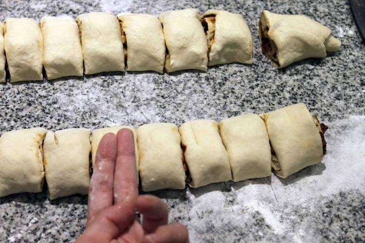 Un roll de pizza, que tiene lo mejor de la pizza, en formato de poción. Una genialidad que no podes no probar. Creeme que te van a amar cuando los prueben!