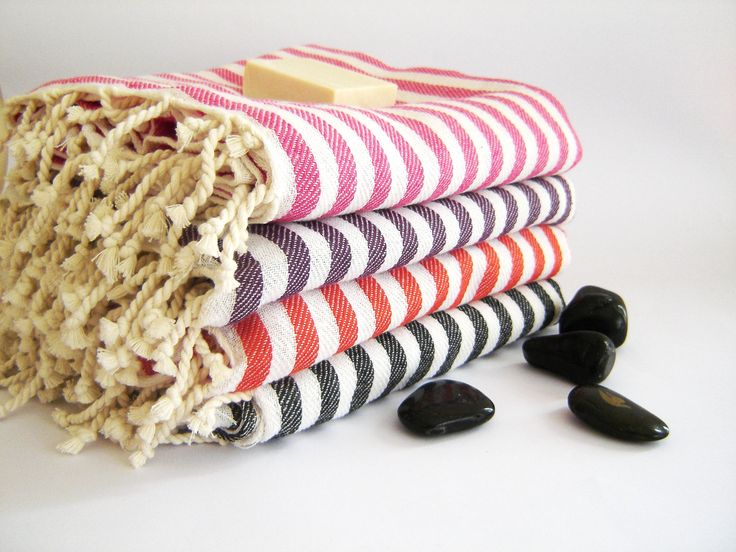 Natural cotton Turkish towels with spring colors... #turkishtowels #beachtowels #peshtemals #spa #yoga #pool #beach #wedding #bachelorette #bridesmaids
