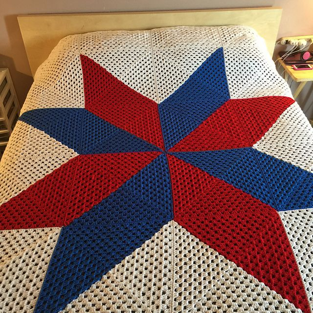 Ravelry: Multi Color Granny Square Star Afghan pattern by Debbie Colon
