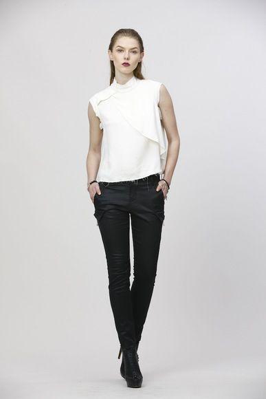 Donatella: http://www.jacbyjc.com/shop/suit/prod-look-61