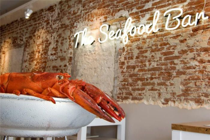18 best seafood logos images on pinterest chalkboards for Fish seafood and raw bar hilton head