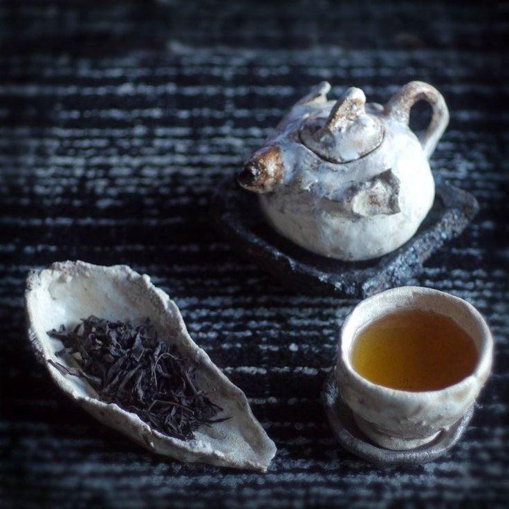 Enjoying some wonderful wuyi meizhan tea from @tealife.hk