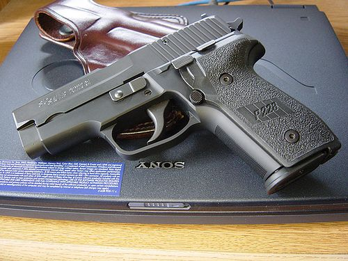 sig sauer p228 standard issue to fbi and dea before they moved to glocks weapons and tactical. Black Bedroom Furniture Sets. Home Design Ideas