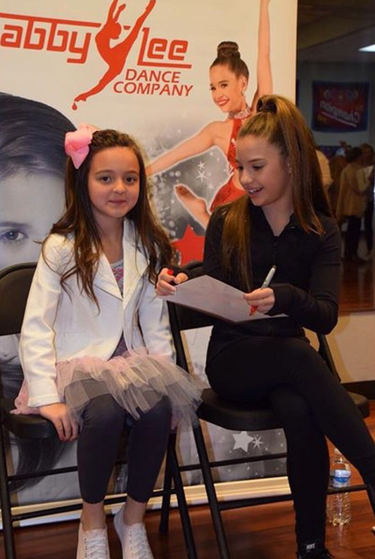 15 best the girls with fans images on pinterest meet dance and mackenzie ziegler at the nashville meet and greet 2016 kristyandbryce Choice Image