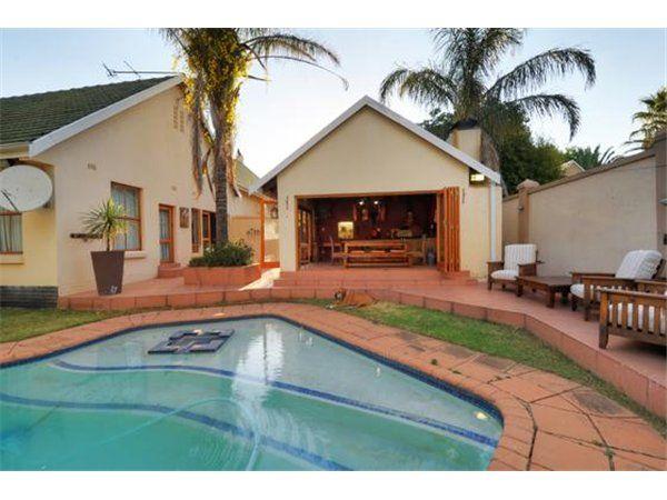 3 bedroom house in Rynfield, , Rynfield, Property in Rynfield - S834182
