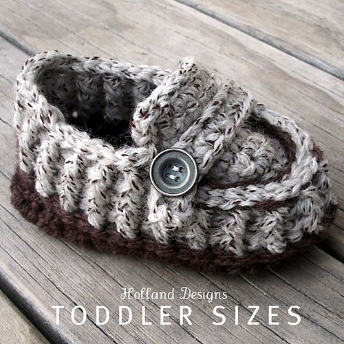 Ravelry: Modern Toddler Loafers pattern by Lisa van Klaveren $